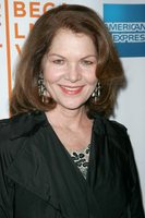 Lois Chiles picture G341585