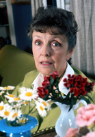 Joyce Grenfell picture G342698