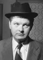 Benny Hill picture G342715