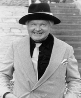 Benny Hill picture G342716