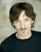 John Hawkes picture G342981