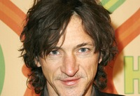 John Hawkes picture G342983