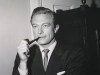 Richard Denning picture G343040