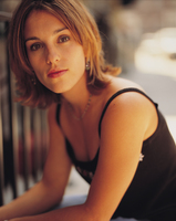 Amy Jo Johnson picture G358985