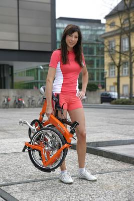 Alexandra Polzin poster G360200