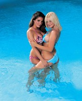 Lucy Pinder & Michelle Marsh picture G366562