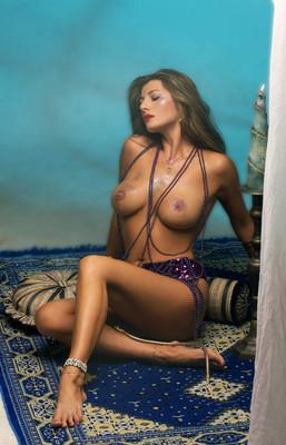 Loretta Rossi Stuart poster G368103