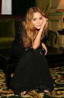 Mary Kate & Ashley Olsen picture G370762