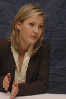 Joey Lauren Adams picture G386343