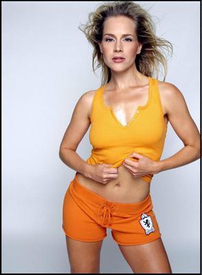 Julie Benz poster G386582