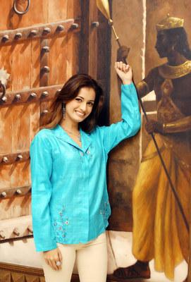 Diya Mirza poster G402526