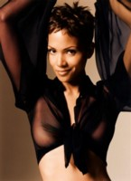 Halle Berry picture G40579