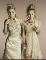 Ashley & Mary Kate Olsen picture G407616