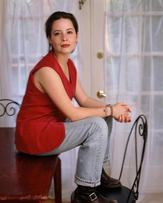 Holly Marie Combs poster G408036