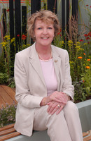 Any Penelope Keith picture G408566