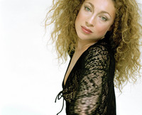 Alex Kingston picture G412965
