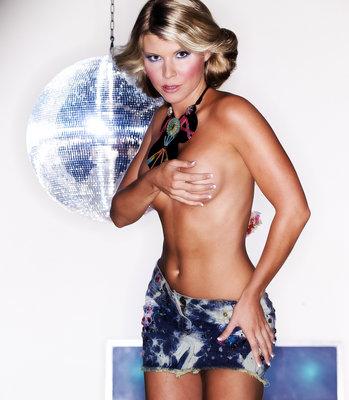 Vanessa Nimmo poster G420298