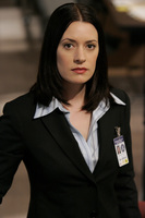 Paget Brewster picture G432170