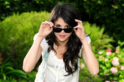Selena Gomez poster G432957
