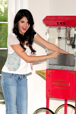 Selena Gomez poster G432959