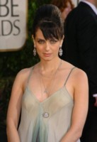 Mia Kirshner picture G43909