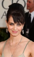 Mia Kirshner picture G43910