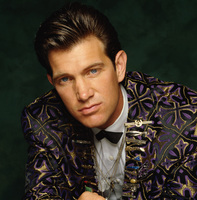 Chris Isaak picture G441631
