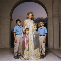 Queen Noor of Jordan picture G442808