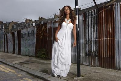 Leona Lewis poster G450208