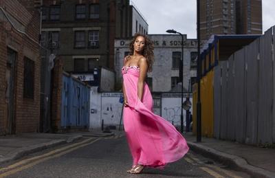 Leona Lewis poster G450215