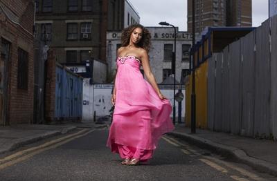 Leona Lewis poster G450216