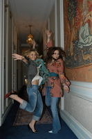 Ashley and Mary Kate Olsen picture G452208
