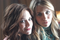 Ashley and Mary Kate Olsen picture G452209