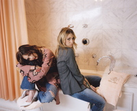Ashley and Mary Kate Olsen picture G452213