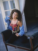 Karyn Parsons picture G461241