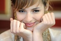 Louise Bourgoin picture G464655
