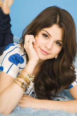 Selena Gomez poster G467453