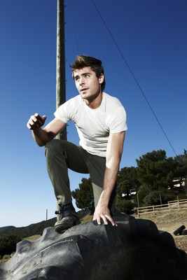 Zac Efron poster G467958