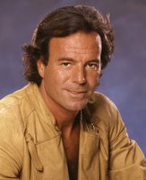 Julio Iglesias picture G471122