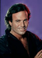 Julio Iglesias picture G471124