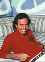 Julio Iglesias picture G471127