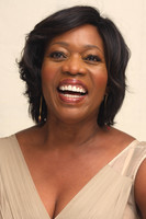 Alfre Woodard picture G495484