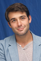 James Wolk picture G497499