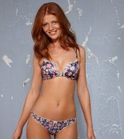 Cintia Dicker picture G517915
