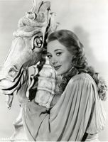Glynis Johns picture G521242