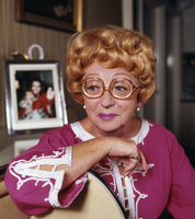 Thora Hird picture G521795