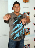 Ronnie Ortiz Magro picture G522757