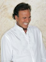 Julio Iglesias picture G522902