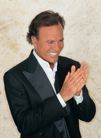 Julio Iglesias picture G522904