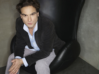 Johnny Galecki picture G522984